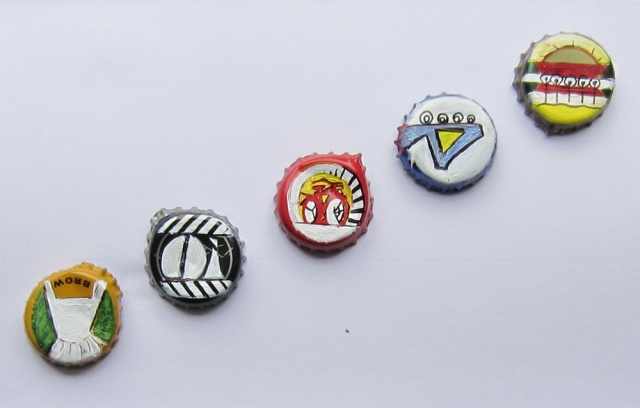 Day 20 (5/18/12): Bottle Cap Canvases